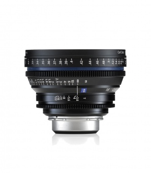 Carl Zeiss CP.2  3.6/18 T* - metric EF Кино объектив, байонет EF (Canon)